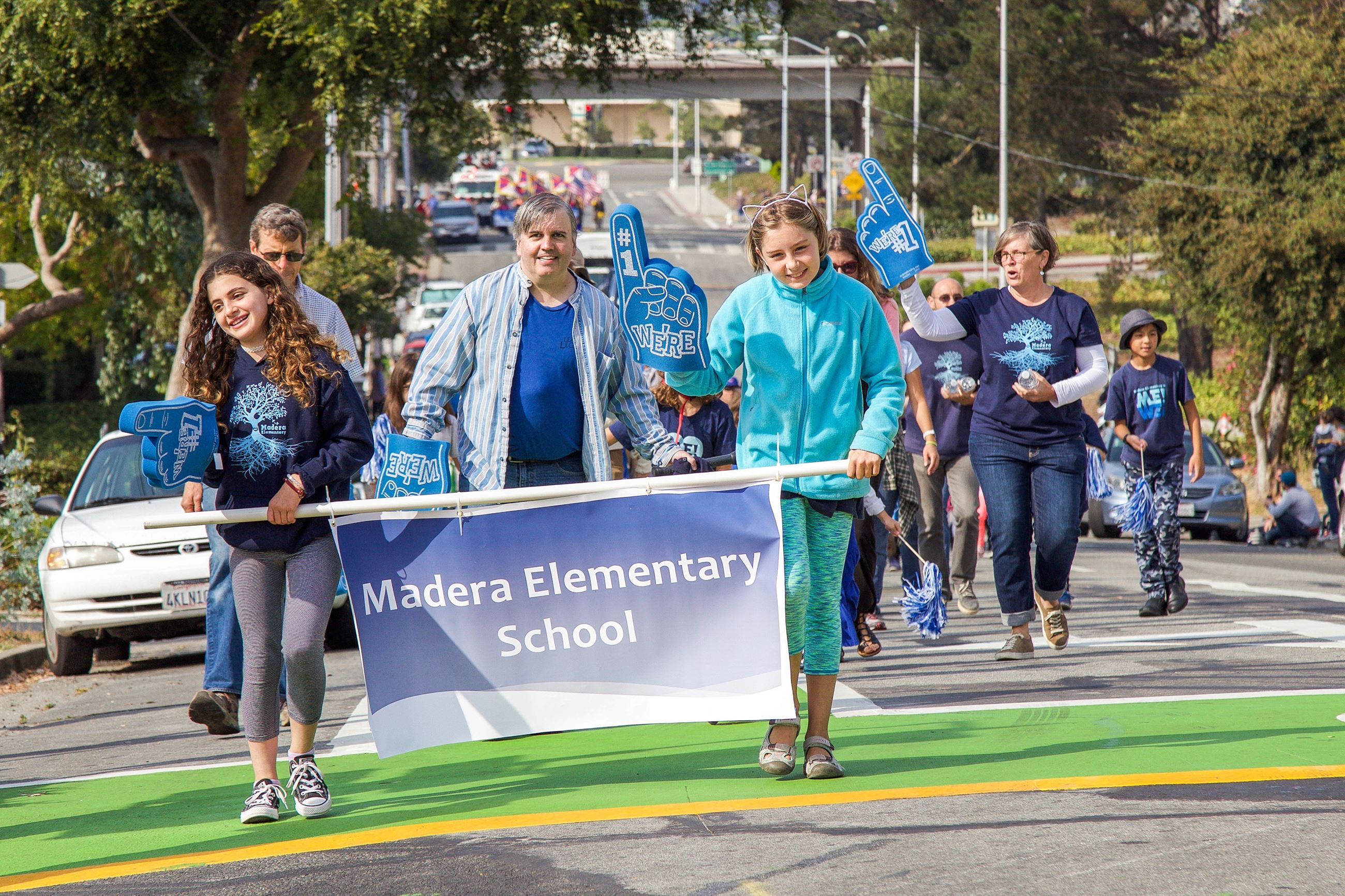 256 Madera students in Parade - Photo by Marin Stuart