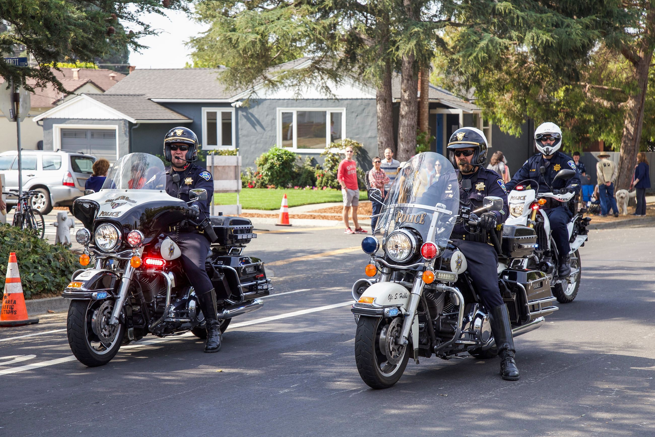 ECPD motorcycle officers in Parade - Photo by Marin Stuart